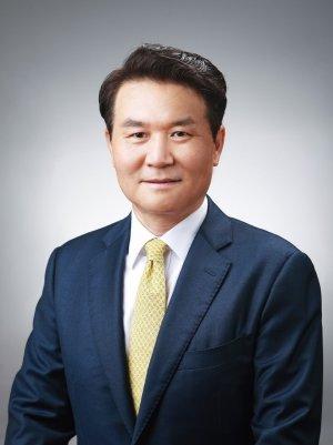 이규근 앰배스텔 신임 대표이사 겸 앰배서더 호텔그룹 경영기획실장. /사진=앰배서더그룹