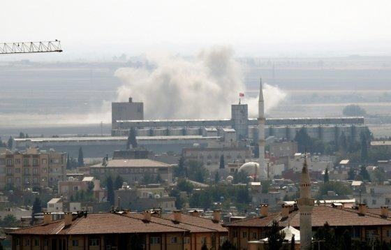 12일(현지시간) 터키가 공습한 시리아 북동부의 라스알아인. /사진=로이터.