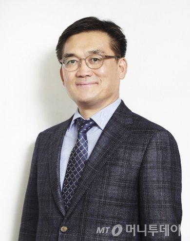 진동섭 한국진로진학정보원 이사