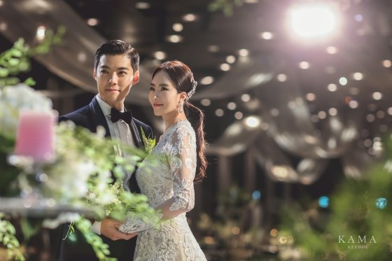 강남, 이상화 결혼식 본식 사진 모습 /사진제공=본부이엔티