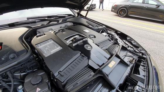 '2.4억' 신형 AMG로 트랙을 가르다