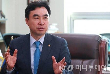 윤관석 더불어민주당 의원/사진= 이동훈 기자