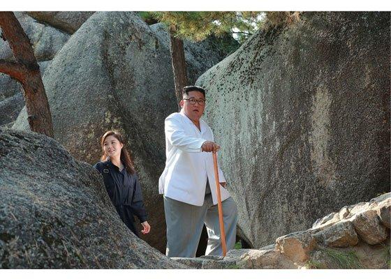 북한 김정은 국무위원장이 금강산관광지구를 시찰했다고 23일 노동신문이 보도했다.  /사진=노동신문 캡처