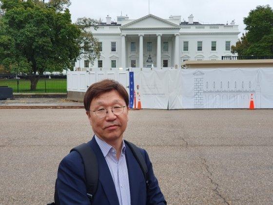 신명섭 경기도 평화협력국장