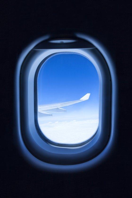 비행기 창가좌석은 짧은 시간 비행시에만 선택하도록 하자. /사진= 이미지 투데이