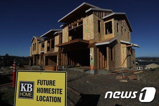 미국 캘리포니아주 서쪽에 위치한 페털루마의 한 신규 주택 건설 현장 /AFP=뉴스1