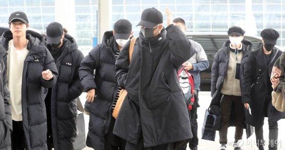 [사진]롱코드로 무장한 방탄소년단