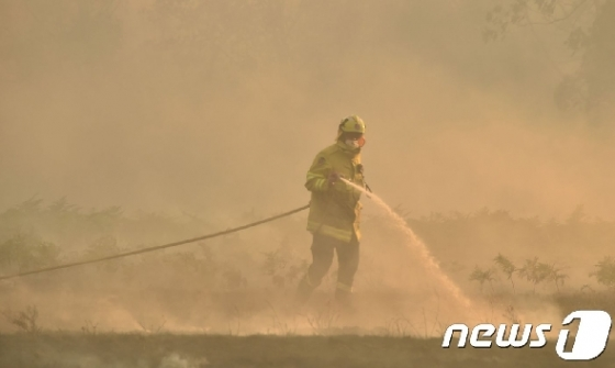 호주 화재 시드니 위협…고온·강풍에 사상 최악 (종합)
