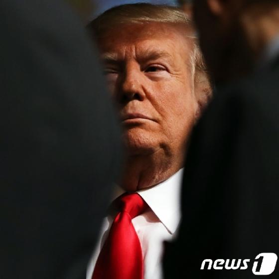 탄핵청문회 D-1…트럼프, '추가녹취록 공개' 카드 꺼냈다
