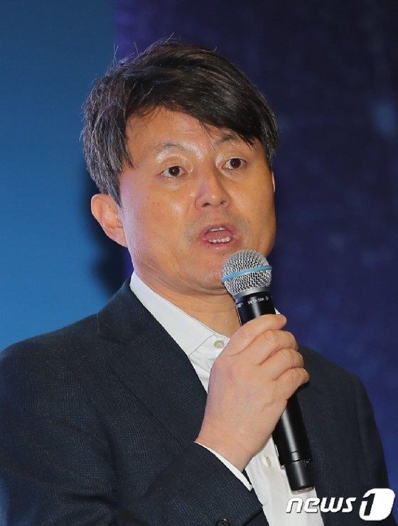 유재수  전 부산시 경제부시장 뉴스1 DB © News1 구윤성 기자