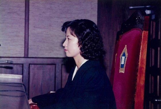 판사 시절 추미애 법무부 장관 후보자의 모습. /사진=추미애 의원 블로그