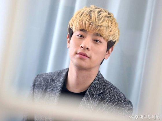 배우 박정민이 최근 화제인 EBS 펭귄 캐릭터 '펭수'를 향한 뜨거운 팬심을 드러냈다./사진=홍봉진 기자