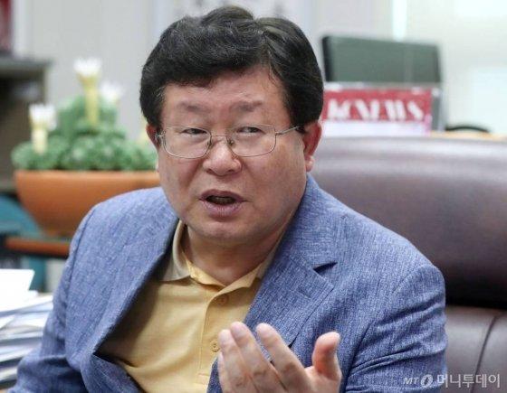 설훈 더불어민주당 검찰공정수사촉구특위 위원장 / 사진=홍봉진기자 honggga@