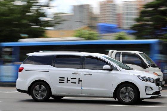 타다 차량이 서울시내를 달리고 있다. /사진=임성균 기자.