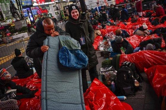 7일(현지시간) 미국 뉴욕 맨해튼 타임스스퀘어에서 열린 노숙체험 행사. /사진=AFP