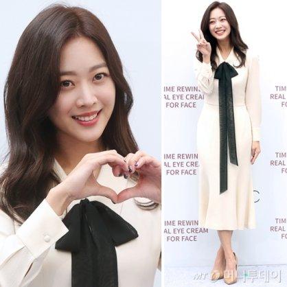조보아, 화장품 행사장 참석…리본 드레스 '독특'