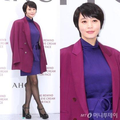 """김혜수, 퍼플 패션 '완벽 소화'…""""아우라가 남달라"""""""