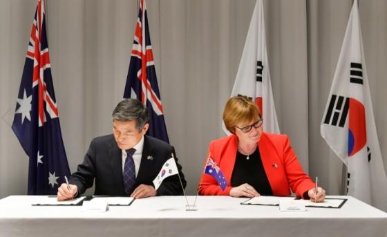 한-호주, 안보·국방협력 강화…