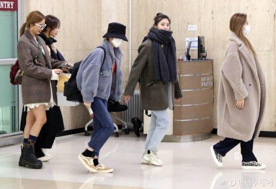 [사진]EXID '일본공연 마치고 왔어요'