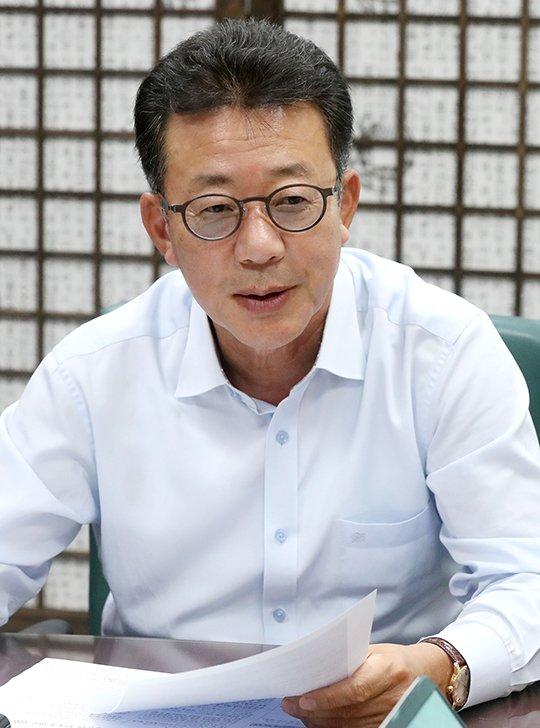 23일 국회 의원회관에서 자유한국당 홍철호 의원 인터뷰 / 사진=홍봉진기자 honggga@
