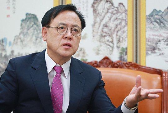 이명수 자유한국당 의원 / 사진=이동훈 기자 photoguy@