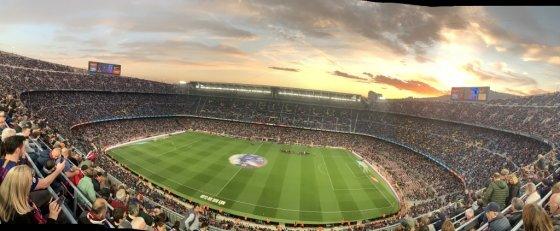 스페인 바르셀로나 캄프누 경기장. 최근 스페인 프리메라리가 축구팀 FC바르셀로나의 경기를 관람하기 위해 바르셀로나를 찾는 여행객들이 늘고 있다. /사진=하나투어