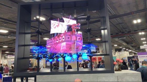 CES 2020에 참가한 ㈜코스윌이 '위대한 유산'이란 주제의 3D 홀로그램 쇼를  선보이고 있다. / 사진=㈜코스윌