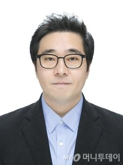 """""""SF의 정형화 부담 탈피엔 박수…용두사미 '결말'은 한계"""""""