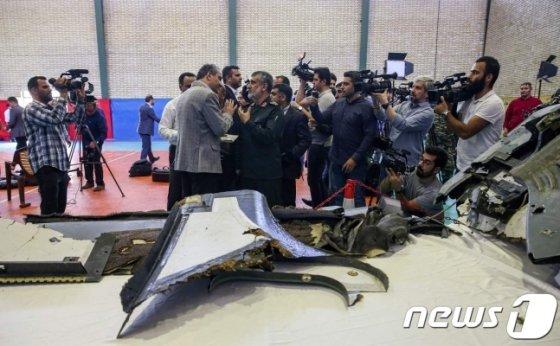 지난해 6월 이란에 의해 격추된 미군 무인정찰기 잔해. /AFP=뉴스1