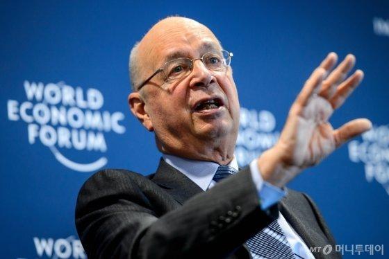 클라우스 슈밥 WEF 회장/AFP