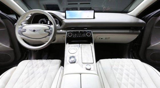 현대차그룹 제네시스 SUV 'GV80' 내부. /사진=김창현 기자