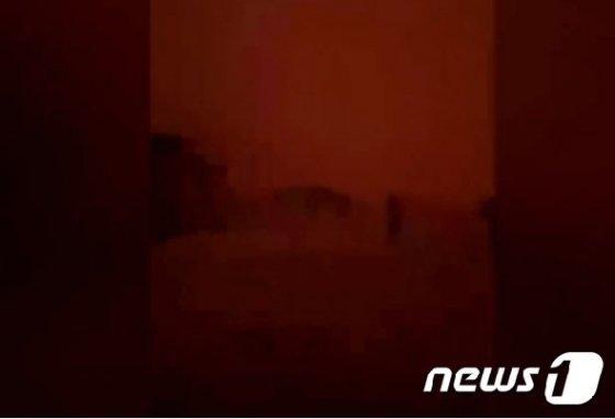 핏빛 지옥으로 변한 닌간 마을. (BBC 영상 캡처) © 뉴스1