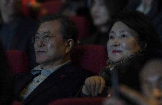 문재인 대통령이 본 영화 '천문', 무슨 내용?