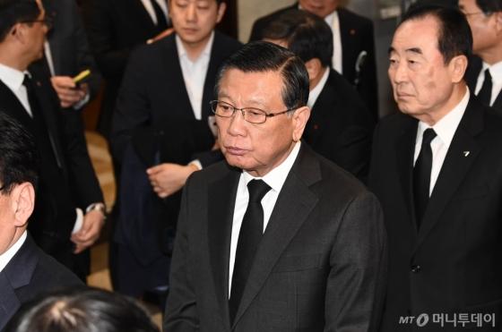 [사진]고 신격호 명예회장 빈소 찾은 박삼구