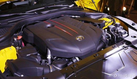 GR 수프라의 심장인 최고출력 340PS의 3.0리터 직렬 6기통 엔진. /사진=김휘선 기자