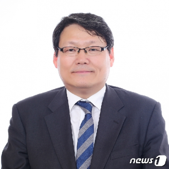 '하명수사 의혹' 檢소환 이광철 '불응'…황운하 '조율 중'(종합)