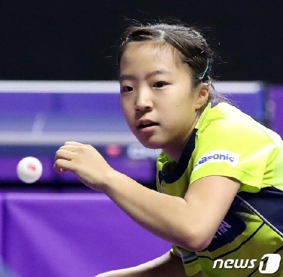 女탁구 대표팀, 남북 대결서 1-3 패배 '올림픽행 먹구름'