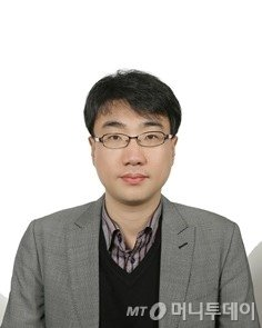 [광화문]문재인·노무현의 '검찰개혁' 다른 선택