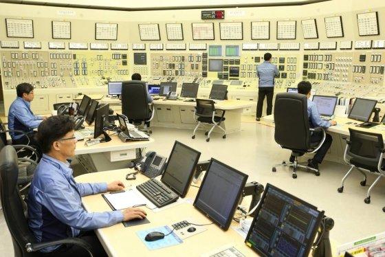 고리 원전 1호기의 주제어실(MCR) 모습. / 사진제공=한국수력원자력 제공