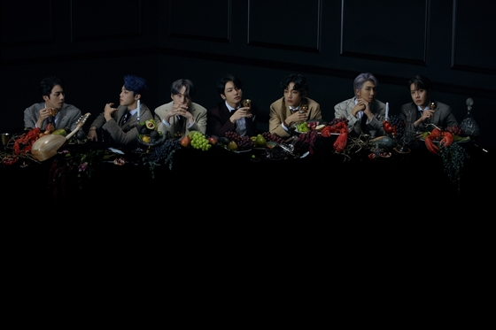 BTS's back l ① 방탄소년단만의 7