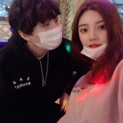 왼쪽부터 래퍼 해쉬스완, 승무원 윤길영./사진=해쉬스완 인스타그램