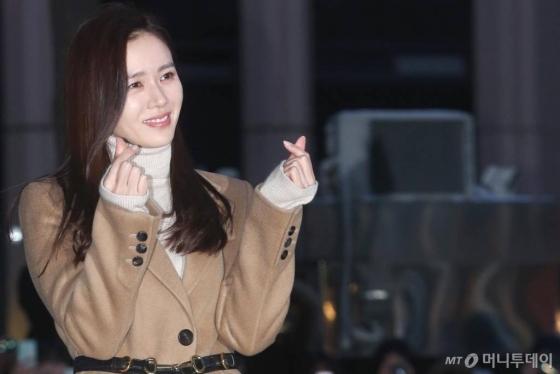 '대구의 딸' 손예진, 코로나19 성금 1억원 쾌척