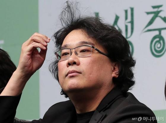 봉준호 감독도 기부대열 합류…'기생충' 이름으로 1억원 쾌척