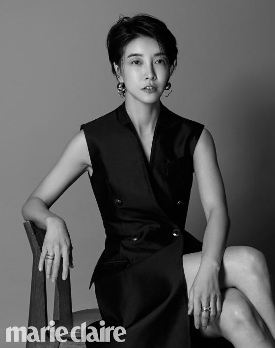 배우 진서연 /사진제공=마리끌레르
