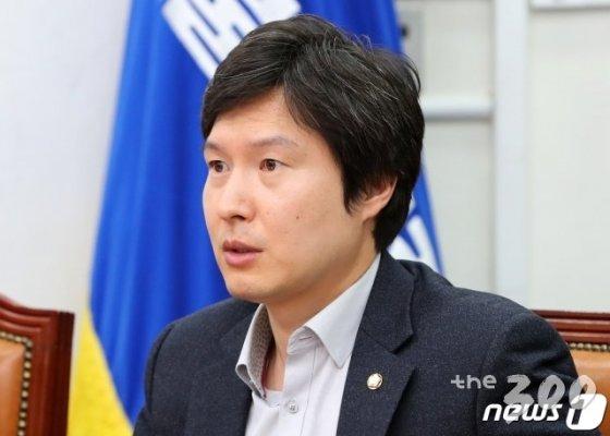 (서울=뉴스1) 이종덕 기자 = 김해영 더불어민주당 최고위원