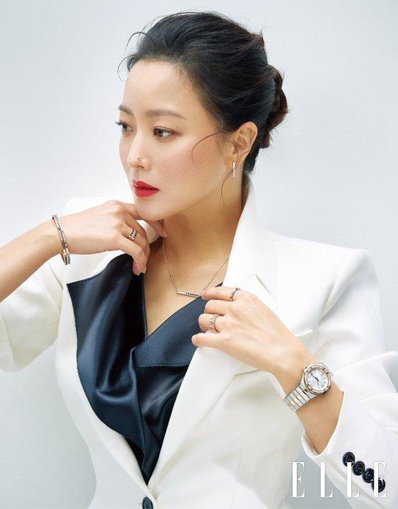 배우 김희선/사진제공=쇼파드