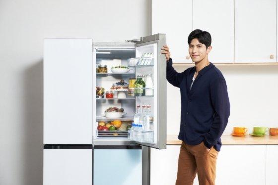 클라윈드 피트인 파스텔 냉장고 콤비 /사진제공=캐리어냉장