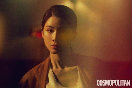 배우 이보영/사진제공=코스모폴리탄