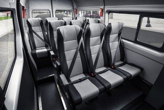 르노삼성 '뉴 르노 마스터' 버스 모델 13인승 승객석. /사진제공=르노삼성