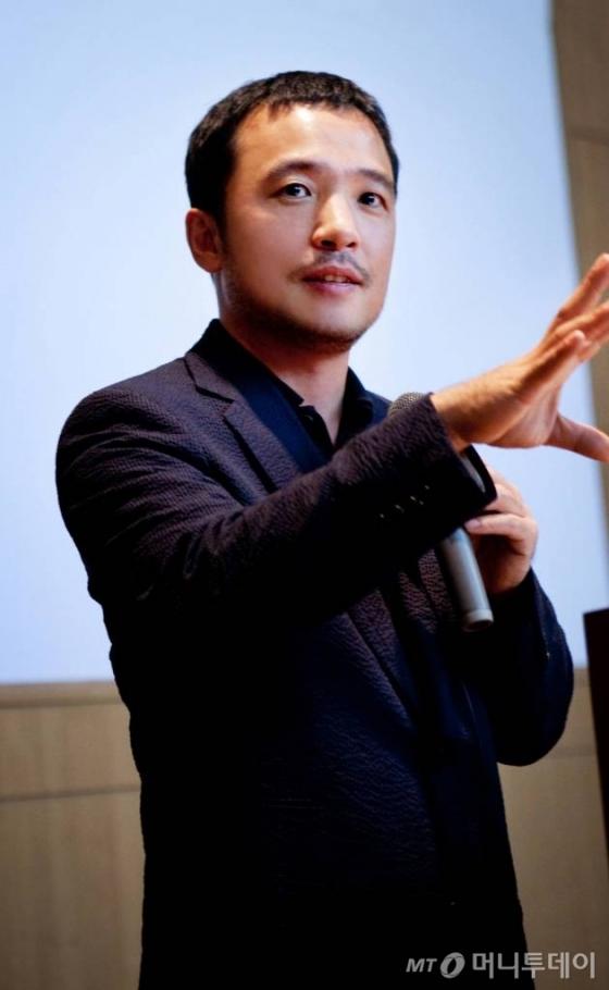 김택진 작년 보수 94억 받았다…게임·포털 '연봉킹'